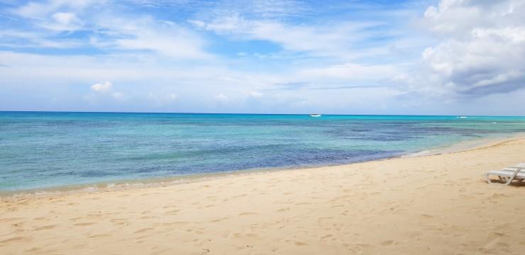 una spiaggia tranquilla